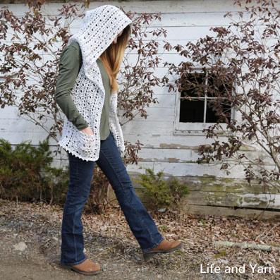 Pattern Winnie Hooded Vest