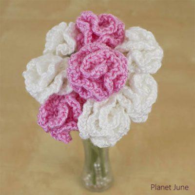 Crochet pattern flower bouquet