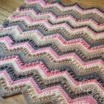 Free Crochet Pattern Hugs & Kisses Baby Blanket