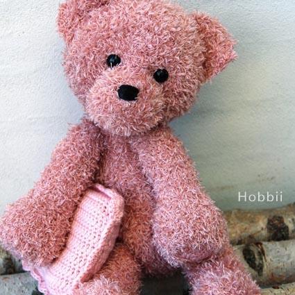 Teddy Bear Sleeper - Amigurumi - Free Crochet Pattern | 425x425