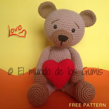 Free Crochet Pattern Valentine Bear
