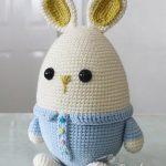 Free Crochet Pattern Eggster Bunny